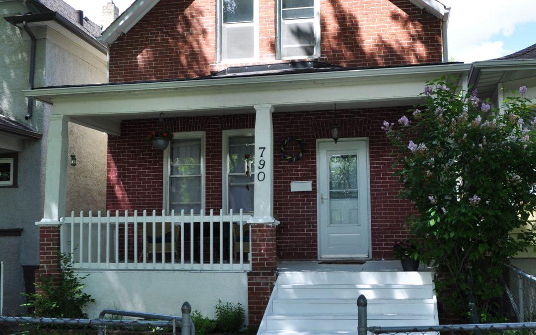 790 Strathcona St.