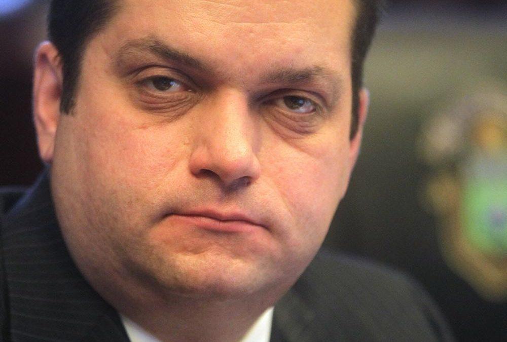 Man challenges Winnipeg's impact fee, will get half back